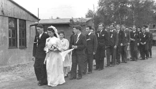 Lintorf Wedding Procession 1946-7